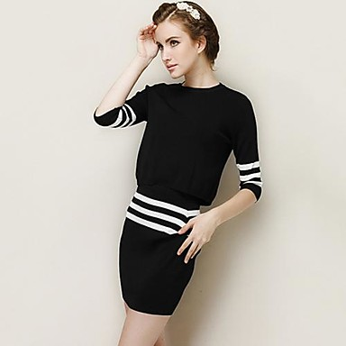 Womens Round Neck White And Black Contrast Color Shirt With Pencil