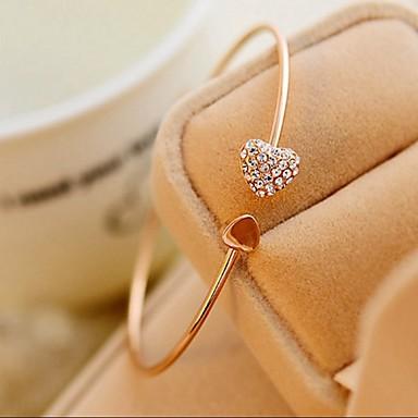 Dam Armringar Manschett Armband Hjärta damer Minimalistisk Stil Mode söt stil Bergkristall Armband Smycken Till Bröllop Party Gåva Dagligen Casual Maskerad