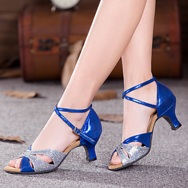 ราคาถูก Trendy Shoes-สำหรับผู้หญิง รองเท้าเต้นรำ เลื่อม / Paillette / สังเคราะห์ หน้าท้อง / ลาติน / รองเท้าผ้าใบสำหรับเต้นรำ หินประกาย / จับย่น / จับจีบ รองเท้าแตะ / ส้น / รองเท้าผ้าใบ ส้นCuban ไม่ตัดเฉพาะ / ในที่ร่ม