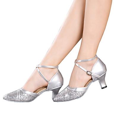 ราคาถูก Trendy Shoes-สำหรับผู้หญิง รองเท้าเต้นรำ เลื่อม / Paillette / สังเคราะห์ ลาติน เลื่อม / หินประกาย / หัวเข็มขัด รองเท้าแตะ / ส้น / รองเท้าผ้าใบ ส้นCuban ไม่ตัดเฉพาะ แดง / เงิน / ทอง / ในที่ร่ม / EU42