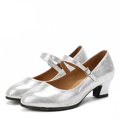 ราคาถูก Trendy Shoes-สำหรับผู้หญิง รองเท้าเต้นรำ เลื่อม / สังเคราะห์ / หนังนิ่ม ลาติน หินประกาย / หัวเข็มขัด / จับย่น รองเท้าแตะ / ส้น / รองเท้าผ้าใบ ส้นCuban ไม่ตัดเฉพาะ แดง / เงิน / ทอง / ในที่ร่ม / EU42