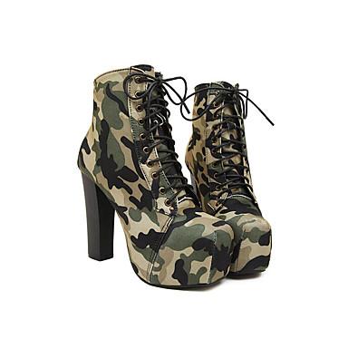 Combinacion de zapatos para vestido verde
