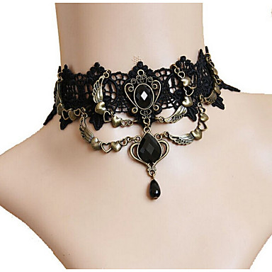povoljno Ženski nakit-Žene Sintetički dijamant Choker oglice dame Gotika Moda Čipka Legura Crn Ogrlice Jewelry Za Party Stage Cosplay nošnje