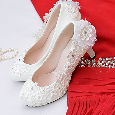 b877071f00a7 Women s Lace   Leatherette Spring   Fall Comfort Wedding Shoes Round Toe  Rhinestone   Imitation Pearl   Appliques White   Party   Evening  06329058