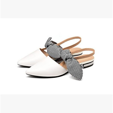 Mujer Zapatos Cuero de Napa Verano Confort Zuecos y pantuflas Tacón Bajo Dedo Puntiagudo Blanco / Negro Réduction De 100% Garanti Pas Cher Réel Authentique oOTLs