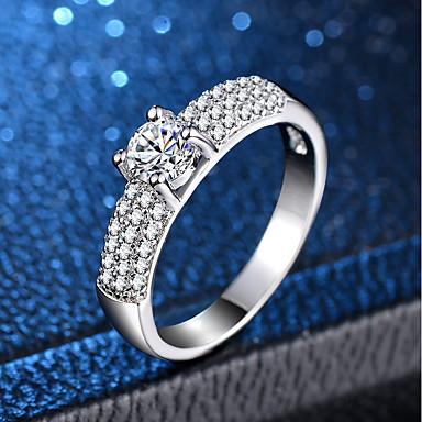 billige Motering-Dame Ring Micro Pave Ring 1pc Sølv Kobber Platin Belagt Fuskediamant Fire tenger damer Klassisk Romantikk Bryllup Engasjement Smykker Klassisk HALO Kjærlighed Smuk