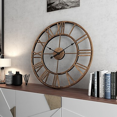 cheap Wall Clocks-Modern Contemporary / Fashion Plastic & Metal Round Christmas / Classic Theme / Holiday Indoor / Outdoor Battery Decoration Wall Clock Analog Specification No
