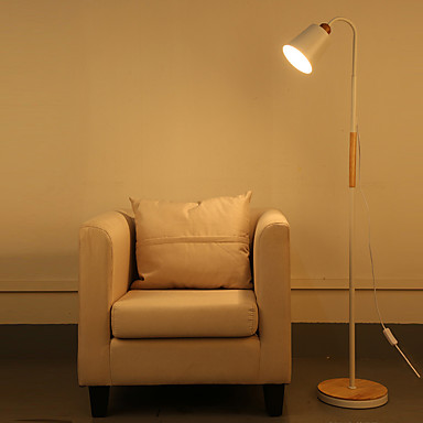 Simple Metal Solid Wood Floor Lamp