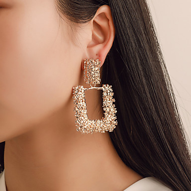 สำหรับผู้หญิง Drop Earrings ต่างหูห้อย ทางเรขาคณิต ง่าย เกี่ยวกับยุโรป แฟชั่น ที่ทันสมัย ต่างหู เครื่องประดับ สีทอง / สีเงิน / Rose Gold สำหรับ ปาร์ตี้ เทศกาลคานาวาล ทำงาน บาร์ เทศกาล 1 คู่