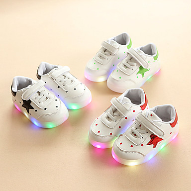 preiswerte LED Schuhe-Jungen / Mädchen Komfort / Leuchtende LED-Schuhe PU Sneakers Kleinkind (9m-4ys) / Kleine Kinder (4-7 Jahre) Schwarz / Rot / Grün Frühling / Herbst / Einfarbig / Gummi