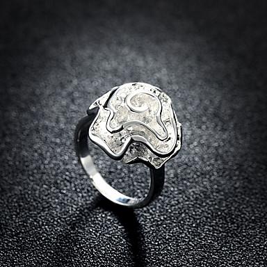 billige Motering-Dame Band Ring 1pc Sølv Messing Sølvplett Rund Stilfull Enkel Daglig Arbeid Smykker Klassisk Blomst Fjær Kul Smuk