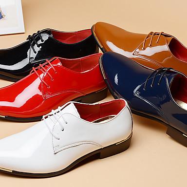 abordables Oxfords Homme-Homme Chaussures habillées Chaussures derby Printemps / Eté / Automne Business / Britanique Quotidien Soirée & Evénement Bureau et carrière Oxfords Cuir Verni Ne glisse pas Preuve de l'usure Rouge