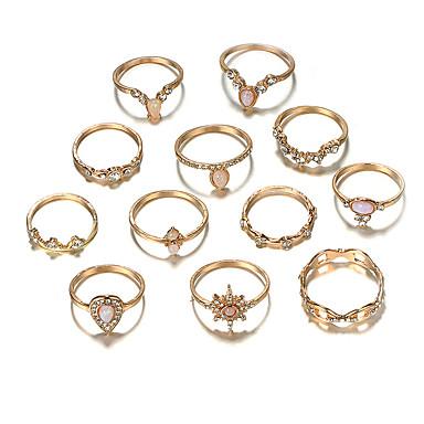 billige Motering-Dame Ring Ring Set ringer evig 12pcs Gull Strass Legering Europeisk trendy Mote Daglig Karneval Smykker Klassisk Sol Pære Kul