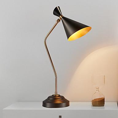 מודרני עכשווי עיצוב חדש מנורת שולחן עבודה עבור חדר שינה / משרד מתכת 220V
