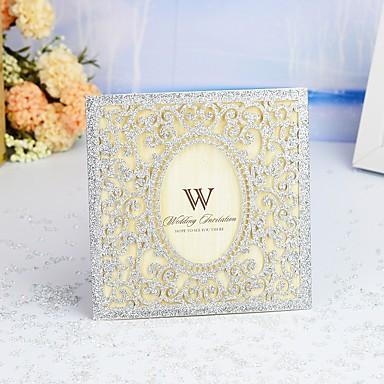 """preiswerte Hochzeitseinladungen-Hülle & Taschenformat Hochzeits-Einladungen 30 Stück - Einladungskarten / Dankeschön-Karten / Wartekarten Moderner Stil / Märchenthema / Geblühmter Style Perlenpapier 6""""×6"""" (15*15cm)"""