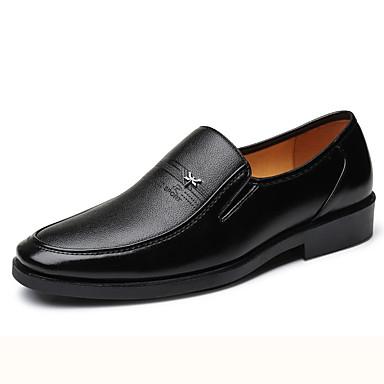 Homens Sapatos de couro Pele Napa Verão Negócio Mocassins e Slip-Ons Preto / Marron / Festas & Noite / Festas & Noite / Escritório e Carreira