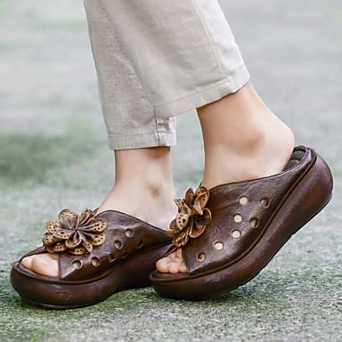 levne Dámské žabky a pantofle-Dámské Pantofle a Žabky Rovná podrážka Oblá špička Kůže Léto Kávová