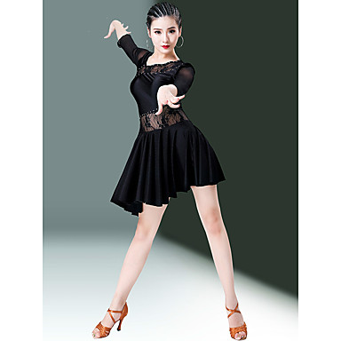 Latin tánc Ruhák Női Edzés / Teljesítmény Mlječna vlakna Csipke / Kombinált / Kristályok / Strasszok Rövid ujjú Természetes Ruha