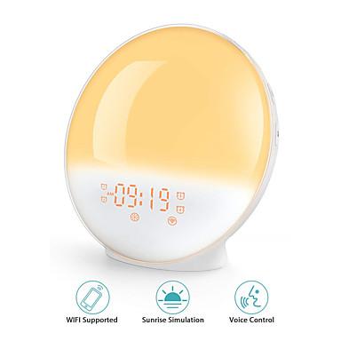 billige Smart vekkerklokke-vekke vekkerklokke 7 farger alexa telefon app kontroll smart våkne lys digital nattlys fm radiomusikk dimmbar stemmelampe