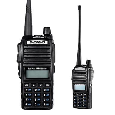 baratos Walkie Talkies-Baofeng vhf / uhf interfone de transceptor de mão de banda dupla com receptor de rádio lcd fm 8w cb radio dtmf codificar alarme de emergência