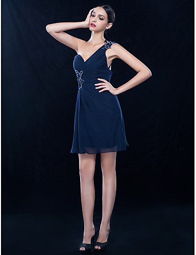 6e907018 A-linje Enskuldret Knelang Chiffon Cocktailfest Ball Bryllupsfest Kjole med  Perlearbeid Sidedrapering av TS Couture® 663694 2019 – $59.99