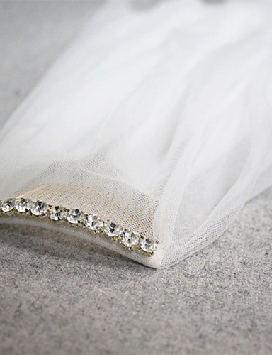cheap Wedding Veils-Two-tier Cut Edge Wedding Veil Fingertip Veils with Rhinestone 45.28 in (115cm) Tulle / Drop Veil