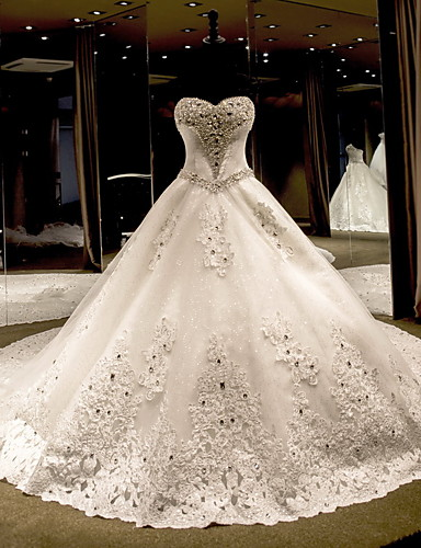 cheap Wedding Dresses-Ball Gown Sweetheart Neckline Cathedral Train Lace Over Tulle Strapless Glamorous Plus Size Wedding Dresses with Bow(s) / Crystals 2020