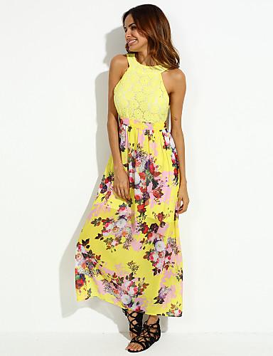 Mujeres con vestidos de fiesta