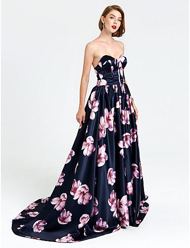 cheap Evening Dresses-Ball Gown Pattern Dress Formal Evening Dress Sweetheart Neckline Sleeveless Court Train Satin with Pleats 2020