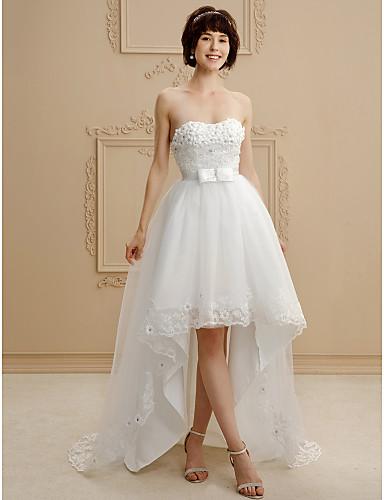 A-vonalú Szív-alakú Aszimmetrikus Csipke   Tüll Made-to-measure esküvői  ruhák val vel Csokor   Gyöngydíszítés   Rátétek által LAN TING BRIDE®   Kis  fehér ... 869bc9d9d2