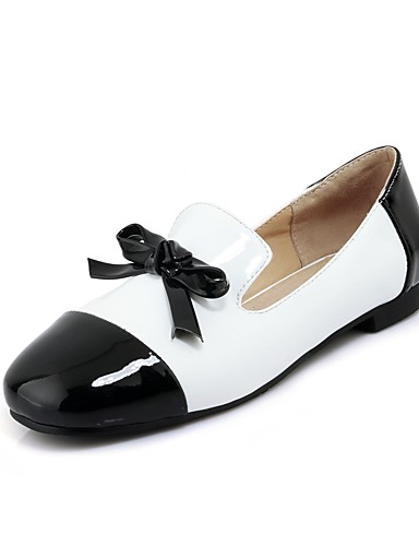 billige Shoes & Bags Must-have-Dame Flate sko Flat hæl Kvadratisk Tå Sløyfe Lakklær Ballerina Vår / Høst Svart / Rød / Fargeblokk / EU41