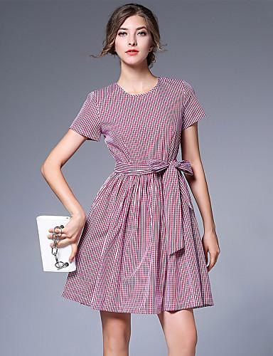 Mini vestidos en la calle