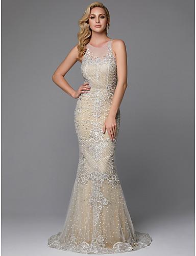 Åtsmitande Prydd med juveler Svepsläp Spets Bröllopsklänningar tillverkade med Knappar / Spets av LAN TING BRIDE® / Glittra och gläns
