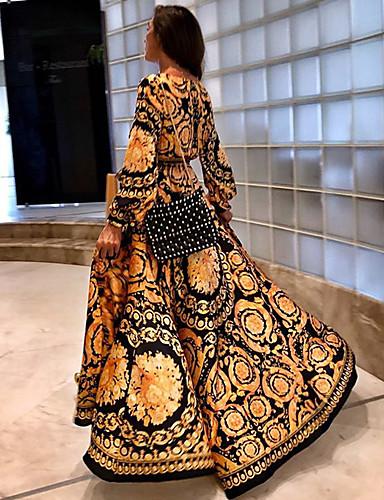 tanie Suknie balowe-Krój A Empire Złoty Święto Plaża Sukienka W serek Długi rękaw Sięgająca podłoża Tafta z Wzór / Nadruk 2020