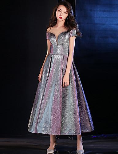 A-linje Besmykket Ankellang Polyester / Paljetter Glitrende / Elegant Cocktailfest / Ferie Kjole 2020 med Krystalldetaljer