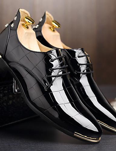 billige Oxford-sko til herrer-Herre Formell Sko Lakklær Vår sommer / Høst vinter Forretning / Fritid Oxfords Gange Pustende Svart / Rød / Blå