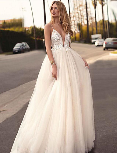 cheap Wedding Dresses-A-Line V Neck Court Train Tulle Spaghetti Strap Romantic / Casual / Boho Illusion Detail / Backless Wedding Dresses with Appliques 2020