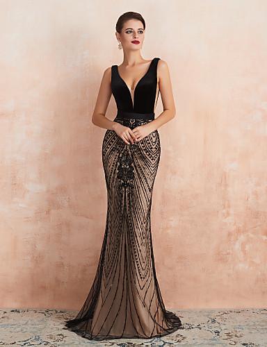 זול שמלות לאירועים מיוחדים-בתולת ים \ חצוצרה יוקרתי שחור אורחת חתונה ערב רישמי שמלה צווארון V ללא שרוולים שובל סוויפ \ בראש קטיפה עם חרוזים 2020