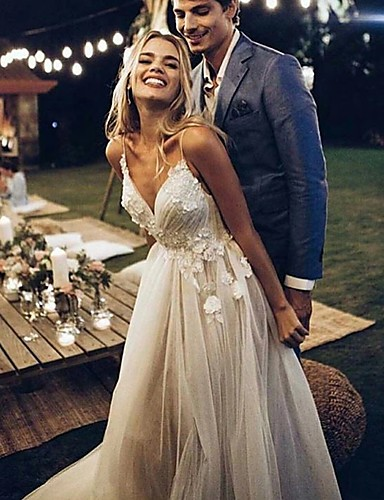cheap Wedding Dresses-A-Line V Neck Sweep / Brush Train Lace / Tulle Spaghetti Strap Simple Backless Wedding Dresses with Lace 2020