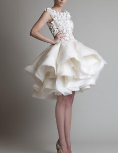 Ball Gown Jewel Neck Short / Mini Organza Floral / White Cocktail Party / Homecoming Dress with Appliques / Tier 2020