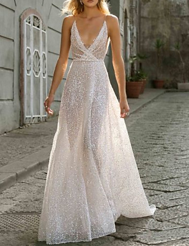 cheap Boho Wedding Dresses-A-Line V Neck Sweep / Brush Train Tulle Spaghetti Strap Boho Plus Size Wedding Dresses with Crystals 2020