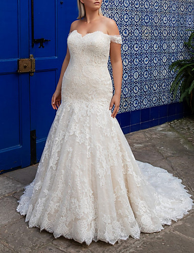 cheap Wedding Dresses-Mermaid / Trumpet Off Shoulder Sweep / Brush Train Lace Short Sleeve Plus Size Wedding Dresses with 2020