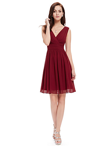 cheap Homecoming Dresses-Back To School A-Line Minimalist Red Wedding Guest Cocktail Party Dress V Neck Sleeveless Knee Length Chiffon with Pleats 2020 Hoco Dress
