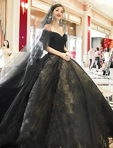 cheap Wedding Dresses in Colors-Ball Gown Off Shoulder Court Train Lace / Tulle Short Sleeve Sexy Black / Modern Wedding Dresses with Lace / Appliques 2020