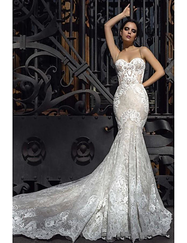 cheap Wedding Dresses-Mermaid / Trumpet Strapless Court Train Lace Strapless Formal / Romantic / Vintage Wedding Dresses with 2020