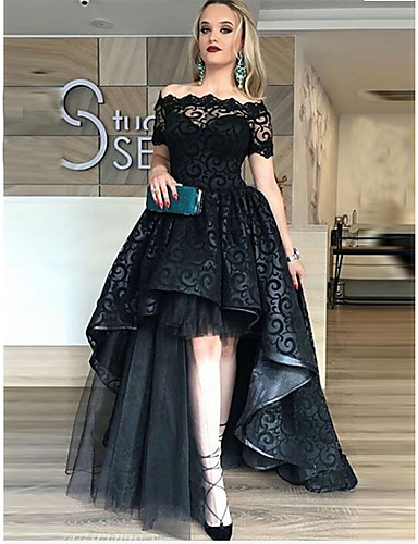 cheap Special Occasion Dresses-Ball Gown Celebrity Style Black Prom Formal Evening Dress Off Shoulder Short Sleeve Asymmetrical Lace Tulle with Tier Lace Insert 2020