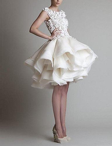 cheap Cocktail Dresses-Ball Gown Floral White Homecoming Cocktail Party Dress Jewel Neck Sleeveless Short / Mini Organza with Tier Appliques 2020