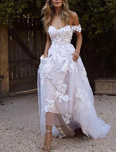 cheap Wedding Dresses-A-Line Wedding Dresses Off Shoulder Sweep / Brush Train Lace Short Sleeve Country Plus Size with Lace Embroidery 2020