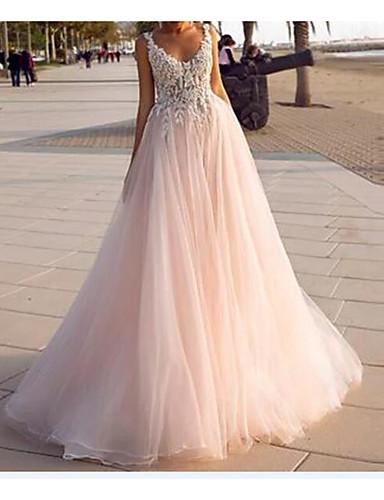 preiswerte Hochzeitskleider-A-Linie Hochzeitskleider V-Ausschnitt Hof Schleppe Spitze Tüll Ärmellos Rustikal Strand Sexy Farbige Brautkleider mit Stickerei 2020