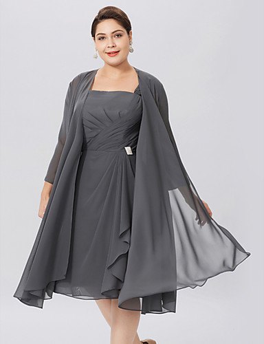 cheap Mother of the Bride Dresses-A-Line Straps Knee Length Chiffon Sleeveless Elegant / Plus Size Mother of the Bride Dress with Criss Cross / Pleats Mother's Day 2020 Mother of the groom dresses